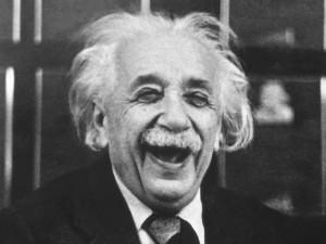 Albert_Einstein_risata_universo